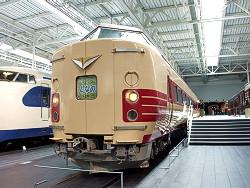 381系電車